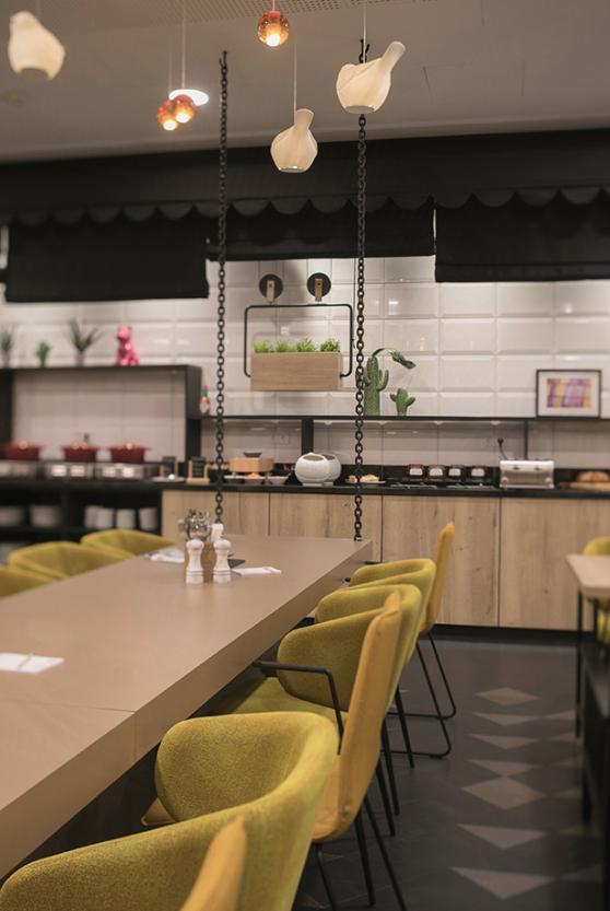 joi-design-hotel-interview-experte-corinna-kretschmar-joehnk-cafe-decohome.de_