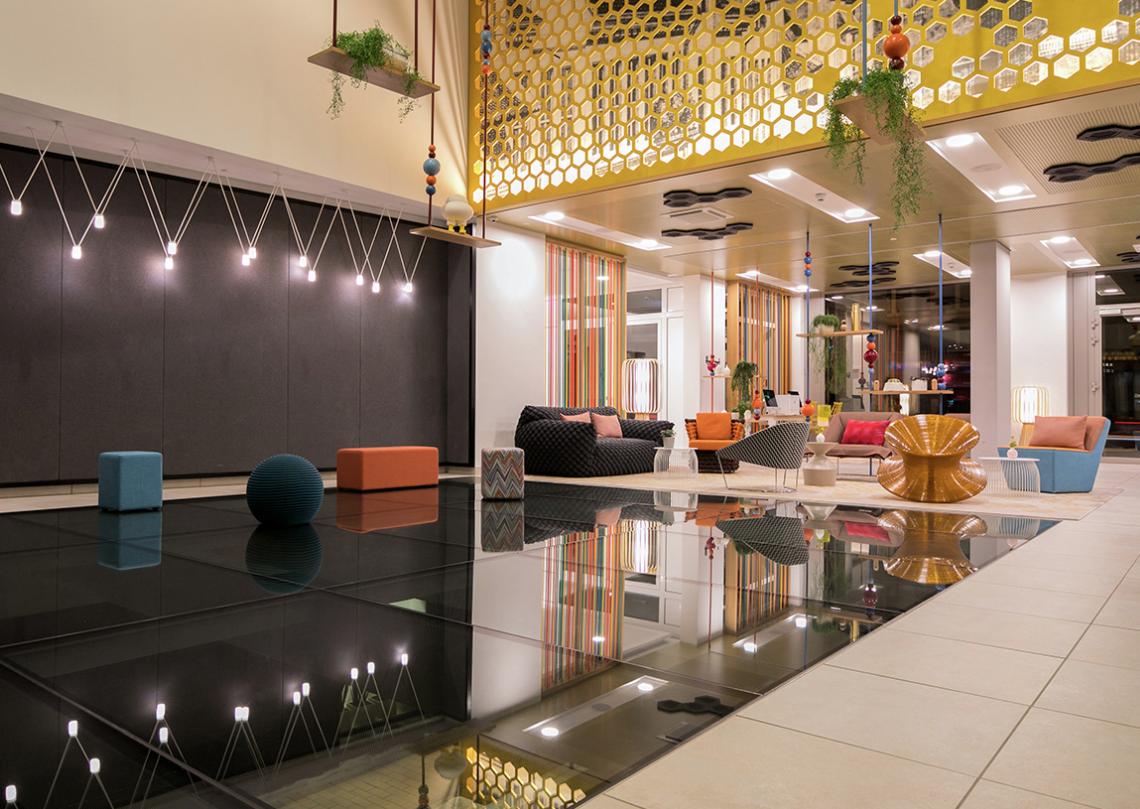 joi-design-hotel-interview-experte-corinna-kretschmar-joehnk-lobby-sessel-decohome.de_