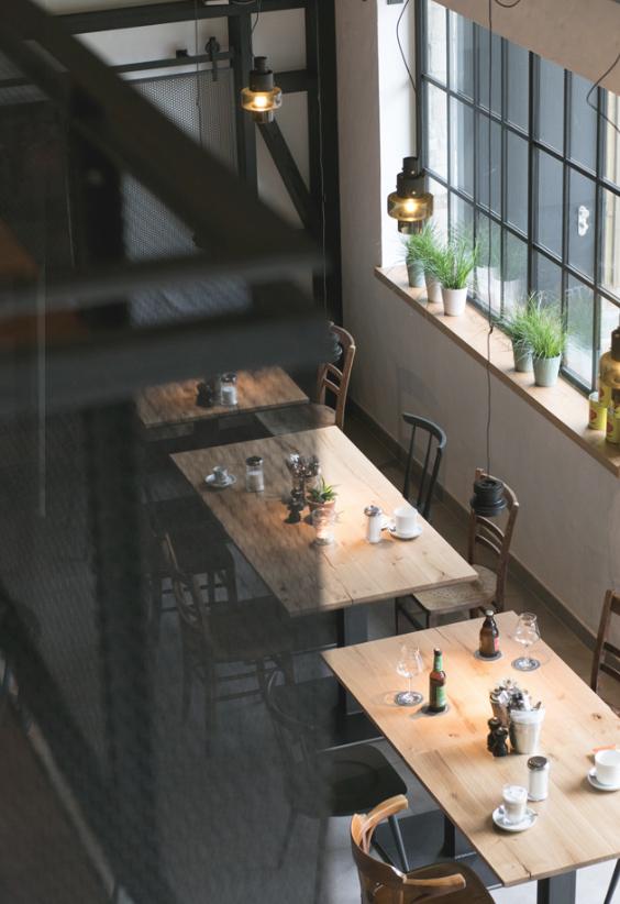 joi-design-hotel-interview-experte-corinna-kretschmar-joehnk-speisesaal-decohome.de_