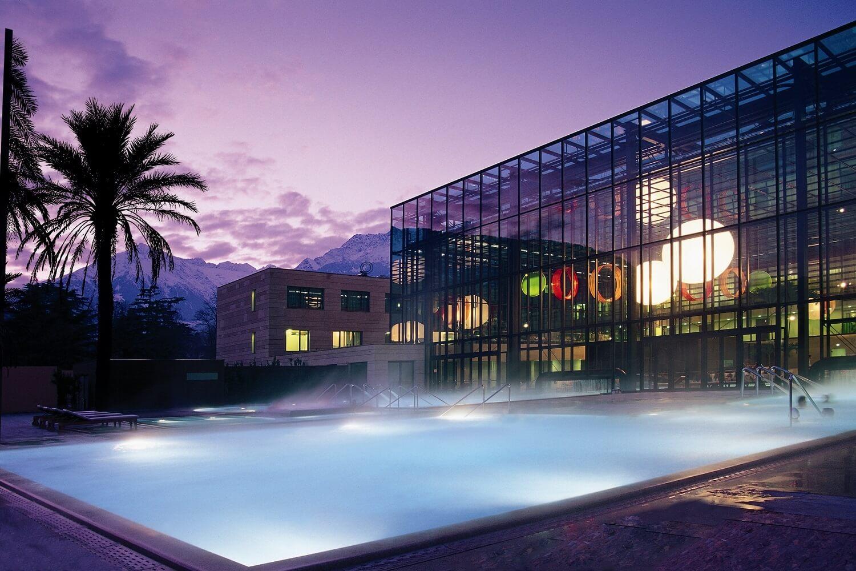 top-50-hotels-spa-therme-meran-suedtirol-pool-decohome.de_