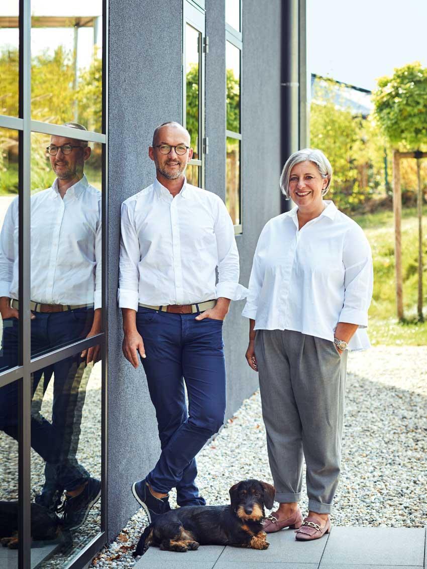wohnhaus-wohnen-regula_wohnhaus-aschaffenburg-wohngeschichte-modern-wohnen-stefan-heike-regula-sabrina-rothe-decohome.de_