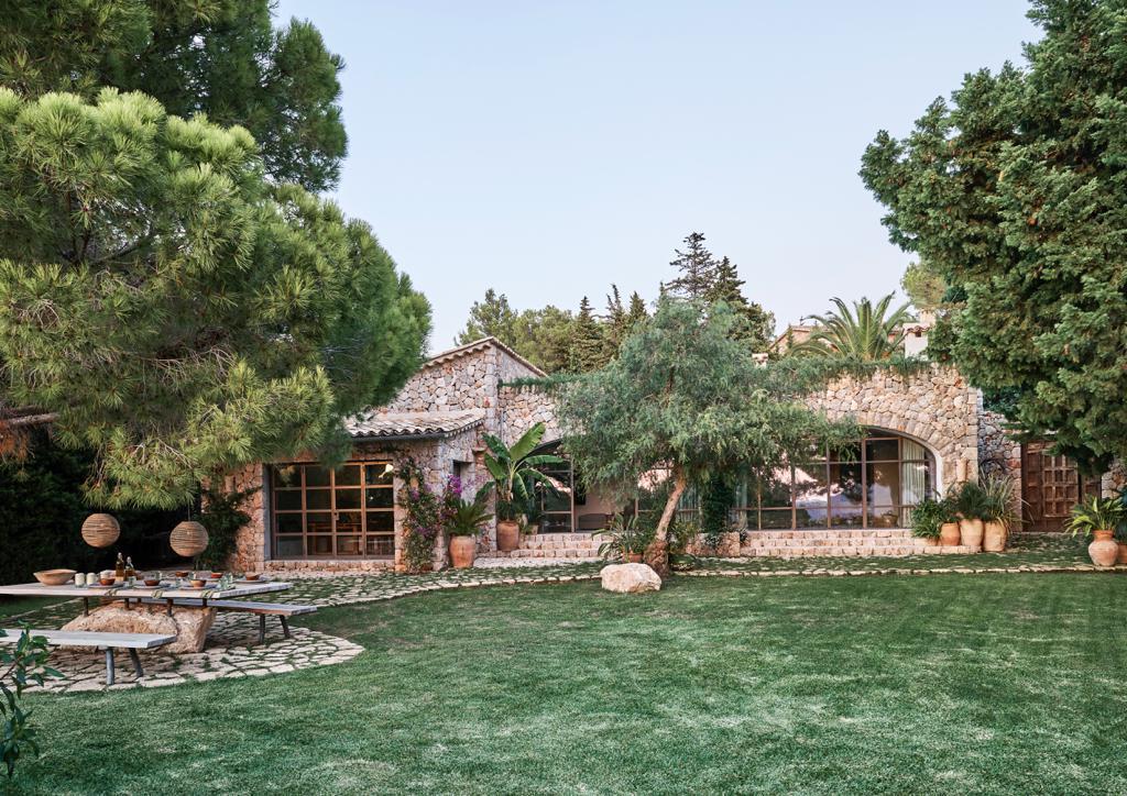 Mallorca Style großer Garten Palmen