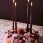 Wie man Blumendeko und Adventskranz modern inszeniert