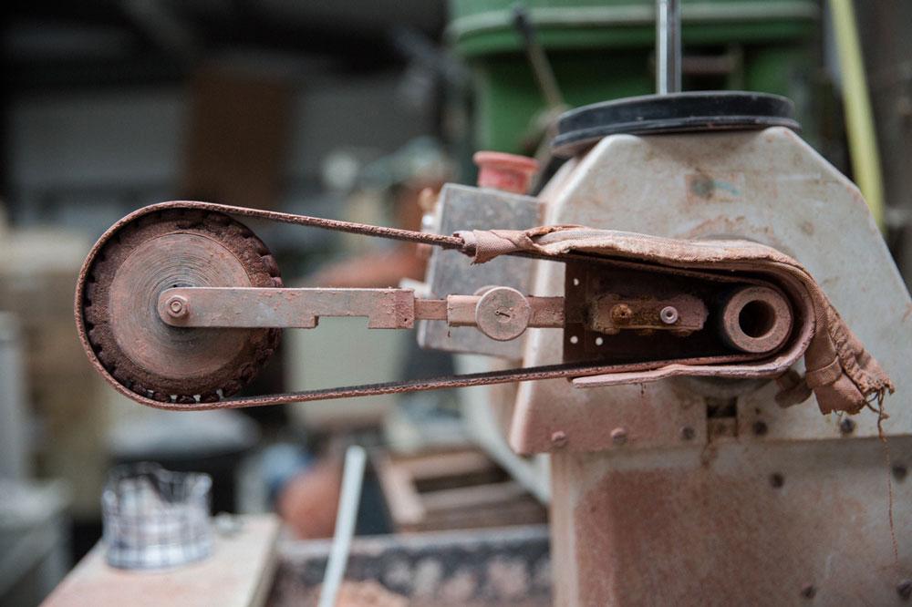 handwekr-nigel-peake-jhill-standard-schleifmaschine-decohome.de_