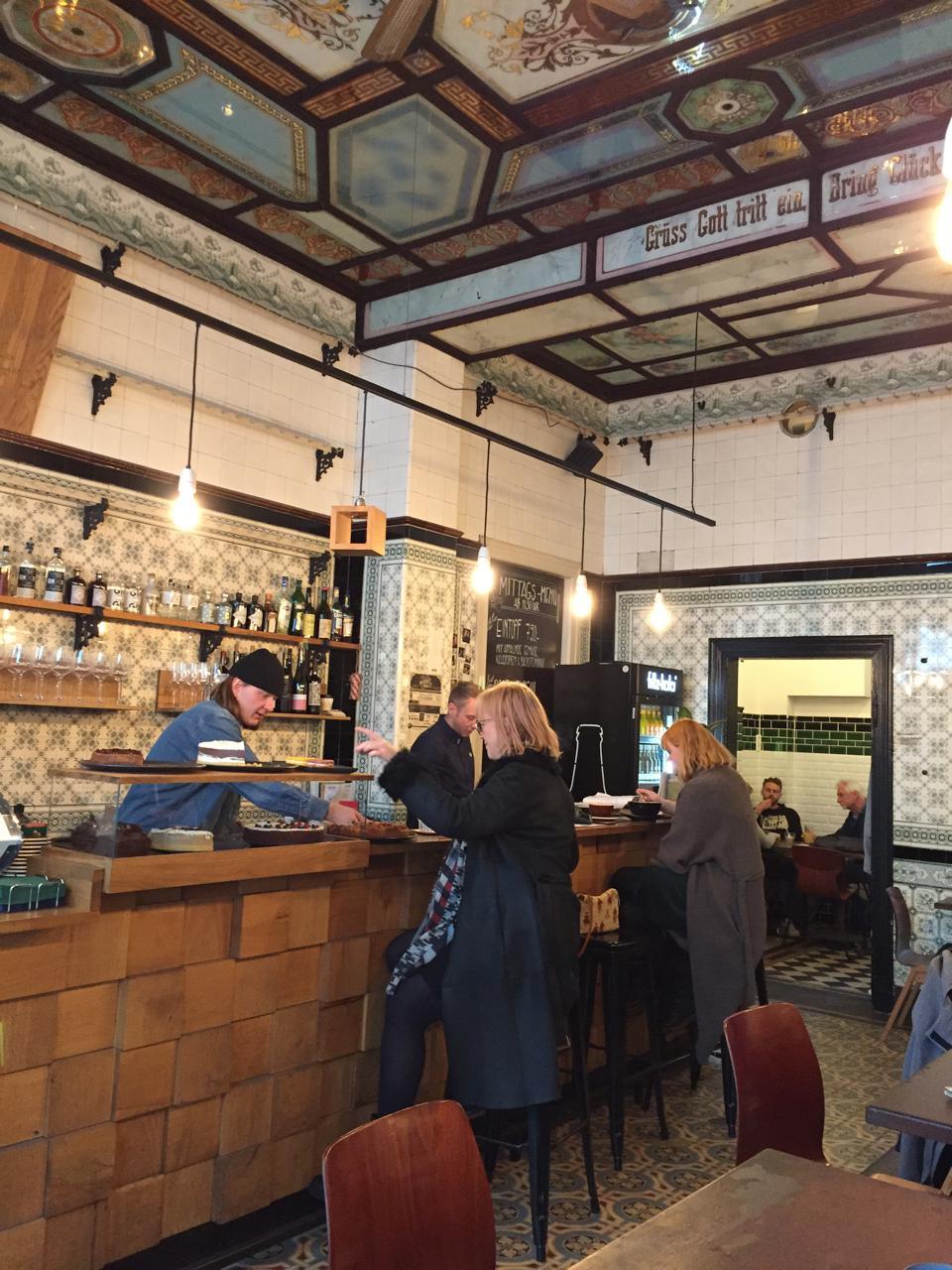 leipzig-design-citytrip-cafe-dankbar-fleischerei-decohome.de_