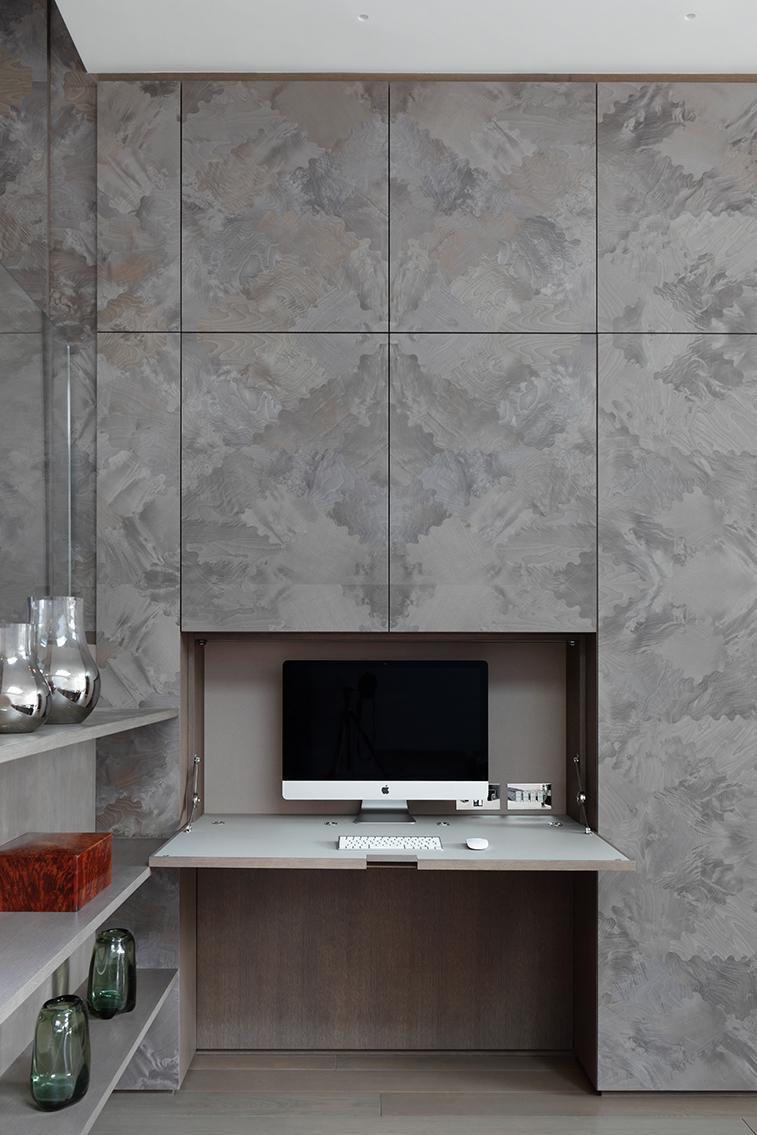 home-office-einrichten-schrankwand-decohome.de-schreibtisch-mwai_cheyneplacehouse_photography_alexanderjames