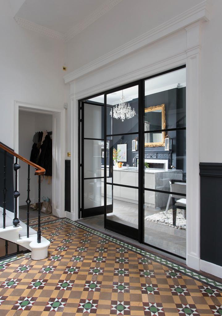 anna-atwal-wohngeschichte-homestory-designerin-edingburgh-decohomede-20181122gap-03226954807-1