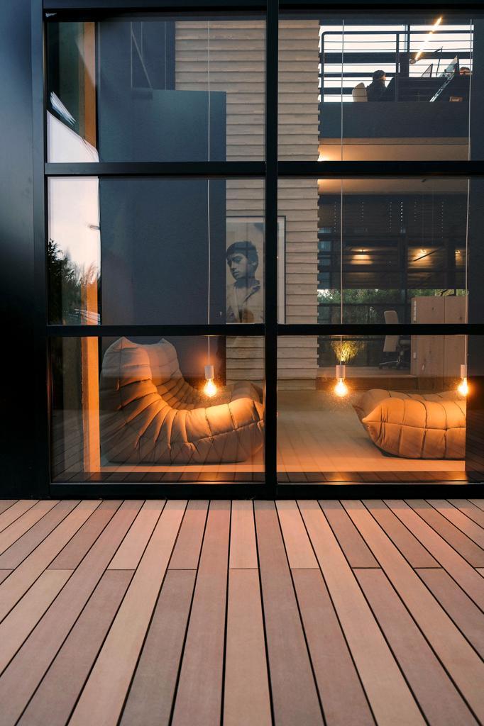 balkonboden-terassenboden-gestalten-decohome.de-ideen-mydeck-wpc-boden