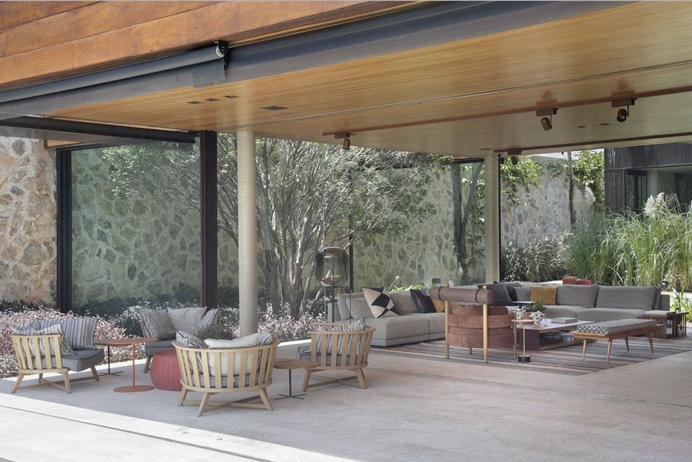 patricia-martinez-fazenda-boa-vista-brasil-open-livingroom-decohome.de_