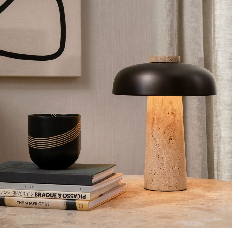 slow-living-menu_harbour_column_lounge_table_reverse_table_lamp-decohome.de_