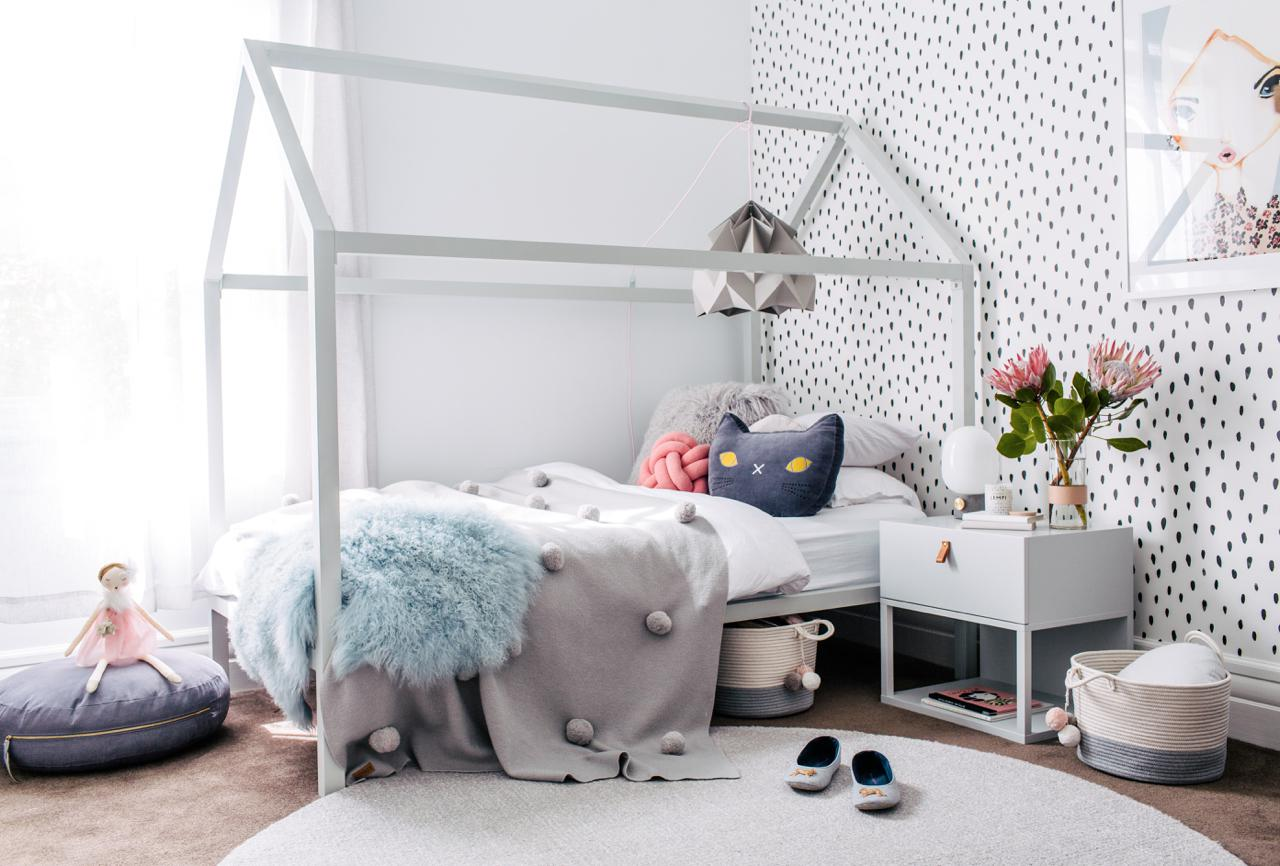 tapete-kinderzimmer-decohome.de-little-liberty-bett