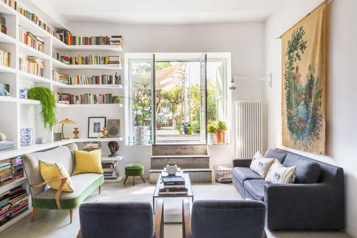 eklektisch-wohnen-rom-dylan-tripp-decohomede-wohnzimmer-durchblick