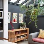 Wandgestaltung Schwarz: Wie man eine dunkle Wand richtig inszeniert