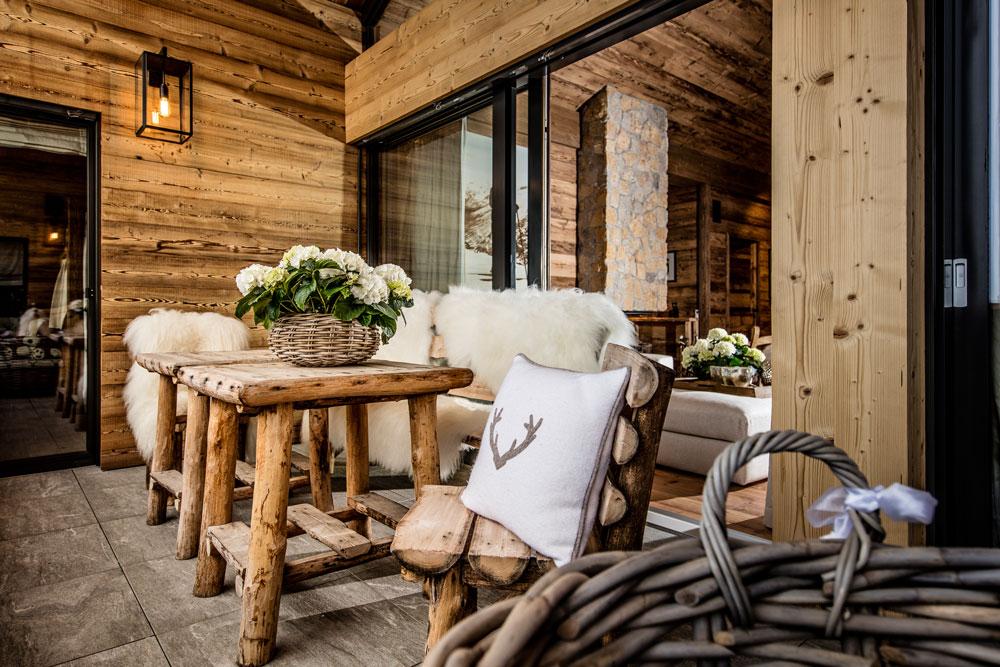 chalet-schoepf-living-balkon1-decohome.de_