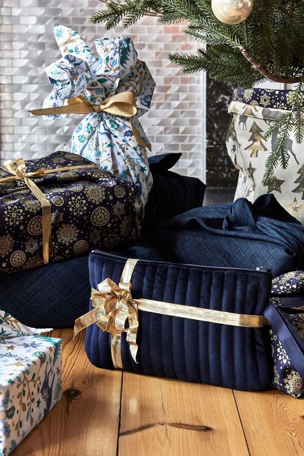geschenke-verpacken-mt-stofferie_erster-frost_geschenkverpackung-decohome.de_