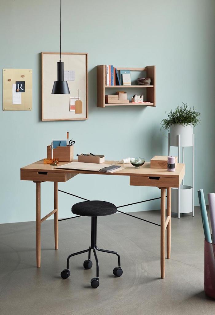 home-office-platzsparende-ideen-decohome.de-schreibtisch-stuhl-huebsch