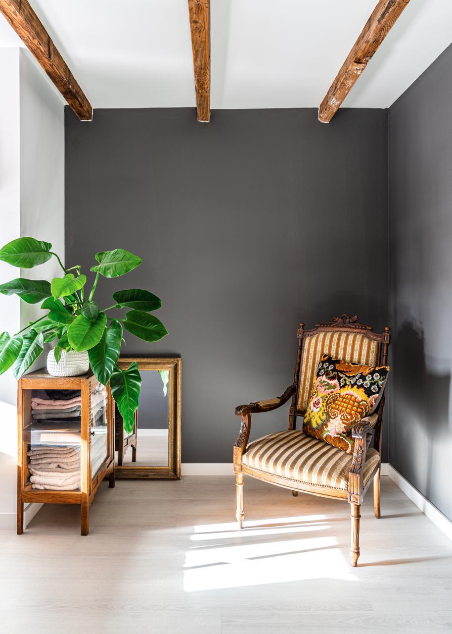 design-amsterdam-graue-wand-decohome.de-studio-kapstok-13-hdr