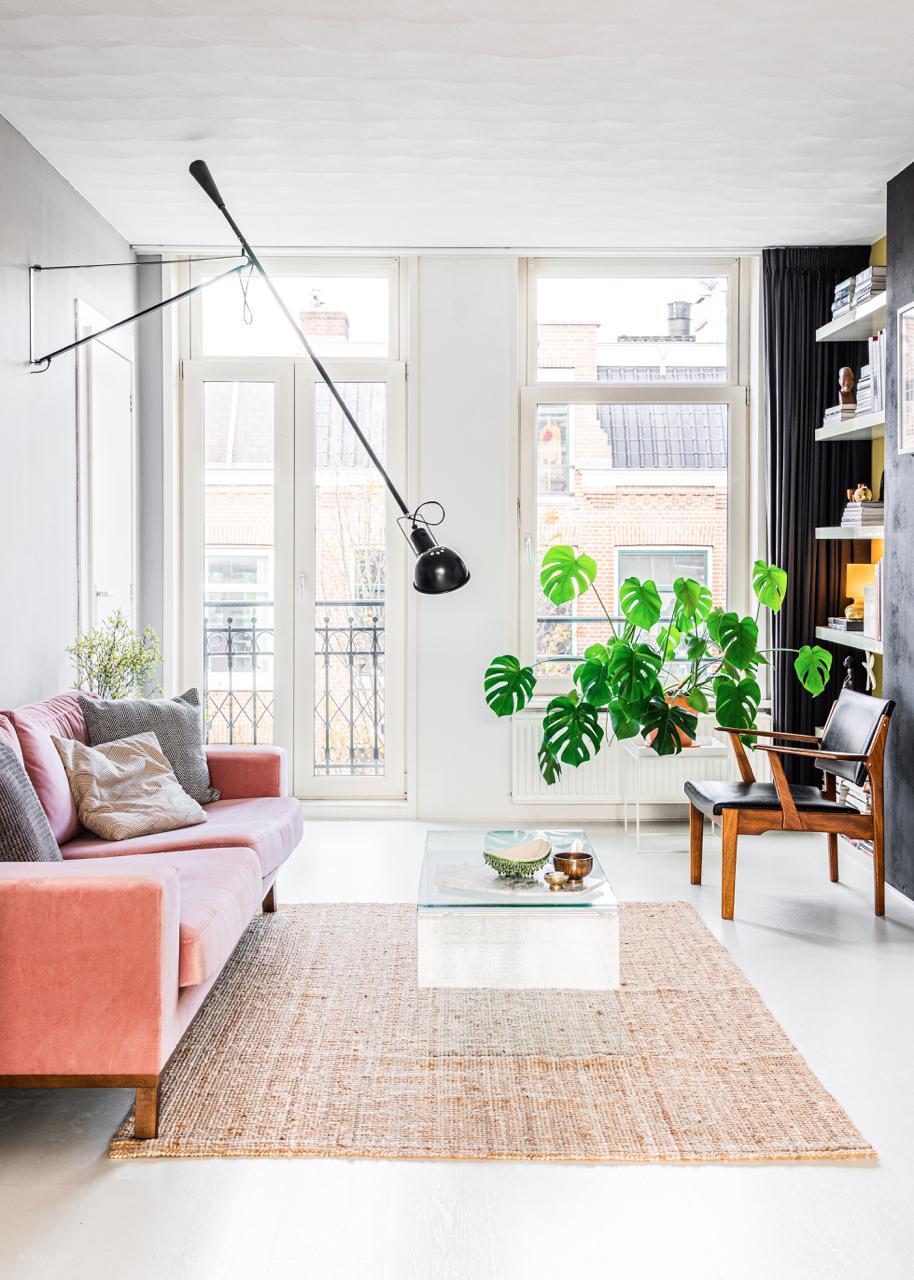 design-amsterdam-wohnzimmer-rosa-sofa-decohome.de-studio-kapstok-58-hdr
