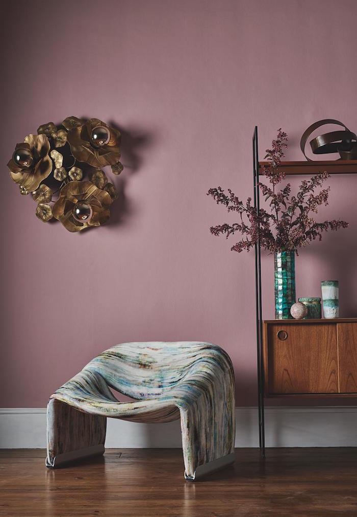 Lila Wand: Gestaltungsideen für eine unterschätzte Farbe